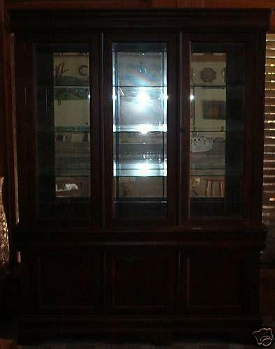 Broyhill China Cabinet Ebay