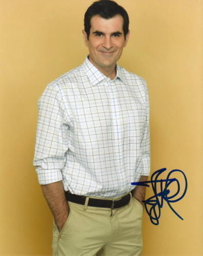 TY BURRELL.. Modern Family's Phil Dunphy - SIGNED