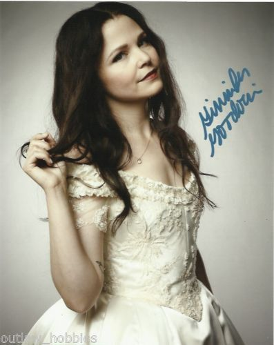 Ginnifer Goodwin Once Upon A Time Autographed Signed 8x10 Photo COA  PROOF