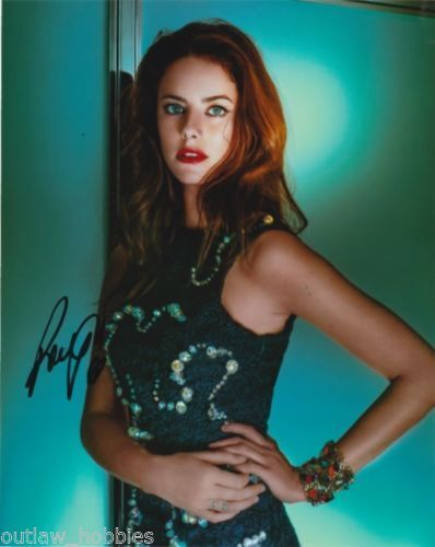 Kaya Scodelario Maze Runner Autographed Signed 8x10 Photo COA #3