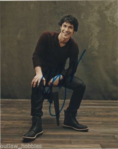 Bob Morley The 100 Autographed Signed 8x10 Photo COA #2