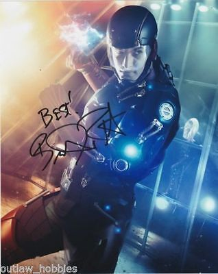 Brandon Routh Legends of Tomorrow The Atom Autographed Signed 8x10 Photo COA #1