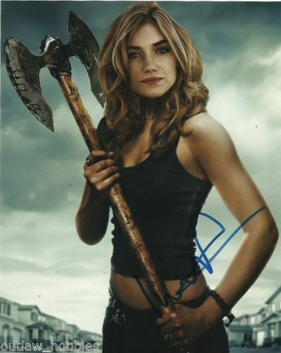Fright Night Imogen Poots Sexy Autographed Signed 8x10 Photo COA #8