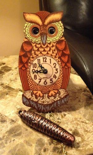 Moving Eye Clock Ebay