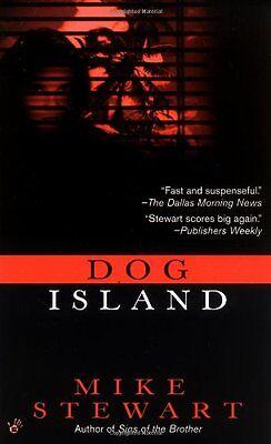 Dog Island (Tom McInnes Novels) by Mike Stewart