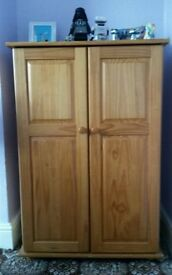 Childs Small Bedroom Wardrobe Solid Pine