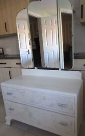 Vintage White & Floral Shabby Chic Large Triple Mirrored Dressing Table
