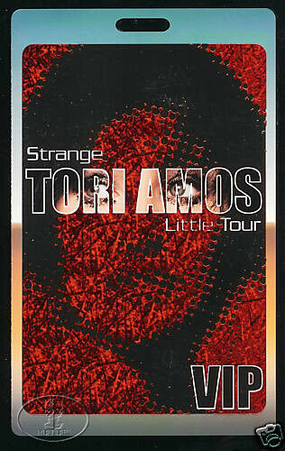 TORI AMOS 2001 TOUR LAMINATED BACKSTAGE PASS