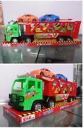 Grosse Spielzeug Autos