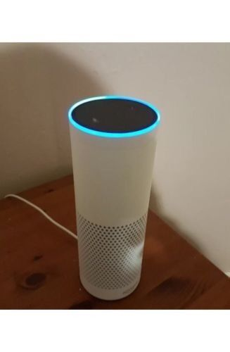 Amazon Echo White Alexa - Only 4 weeks old