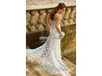 DESIGNER ESSENSE OF AUSTRALIA D644 WEDDING DRESS (RRP £1300)