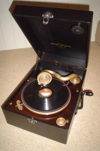 dating hmv gramophones This was then and still is now considered one of the finest acoustic gramophones ever made and is valued today at over £5,000  dating from this century and the .