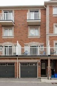 Townhouse Rental Ajax !