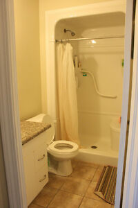 FURNISHED ROOM RENTAL * 22 COLUMBIA ST W * All utilities include Kitchener / Waterloo Kitchener Area image 5
