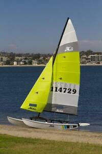 Hobie Cat Sailboat 16'