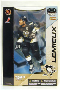 "MARIO LEMIEUX 12"" MCFARLANE FIGURE, 2003 & 8""X10"" PHOTO"