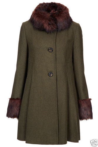 Vintage Swing Coat with Fur Collar