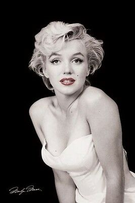 Marilyn Monroe Red Lips Sexy Movie Celebrities Photo Poster Art Print 24X36