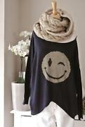Smiley Pullover