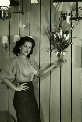Vintage Risque Photo 17b Odd Strange & Bizarre 4 x 6