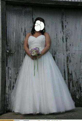 used wedding dresses size 18