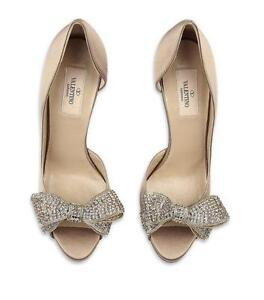 0450d6a44540 Valentino Bow Shoes