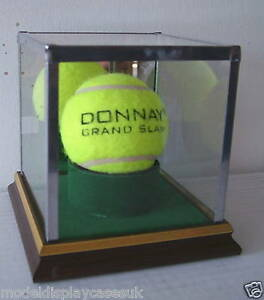 SIGNED-TENNIS-BALL-HOLDER-GLASS-DISPLAY-CASE-ONLY
