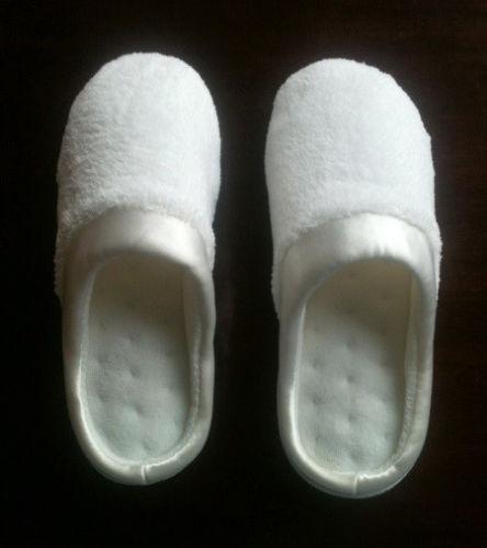 Isotoner Slippers   eBay