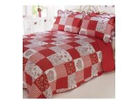 Amore Vintage Chic Patchwork Bedspread (with FREE Pillow Shams)