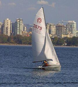 1982 Tasar 14' sailing Dinghy