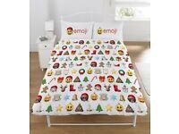 "Official Emoji Christmas ""Reversible"" Double Duvet Cover Bedding Set"