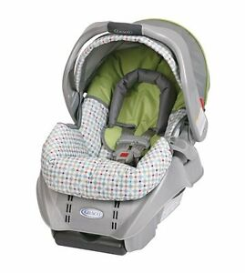 Graco SnugRide Baby Infant Car Seat BRAND NEW