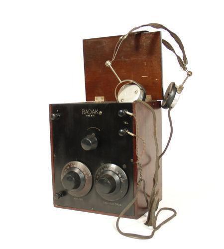 vintage radio battery ebay. Black Bedroom Furniture Sets. Home Design Ideas