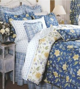 NEW- Laura Ashley Emilie Collection King Comforter Set