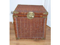 ANTIQUE WICKER STORAGE BOX BASKET BRASS FITTINGS 20 x 20 x 20 CHEST TRUNK ROPE