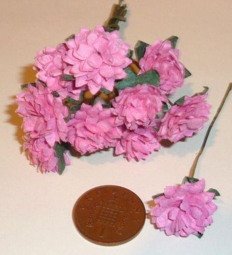 small paper flowers  crafts