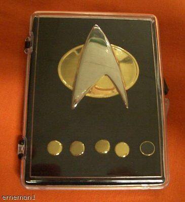 STAR TREK - Next Generation Communicator Pin Set - new