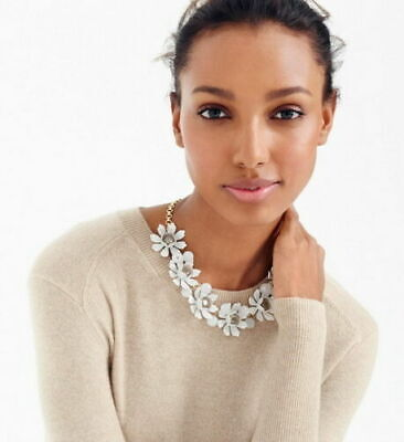 J. CREW NWT PETAL AND CRYSTAL NECKLACE 18 3/4
