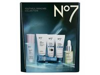 Boots Skincare Gift set-No 7 Youthful Skincare Collection-New sealed in Packaging