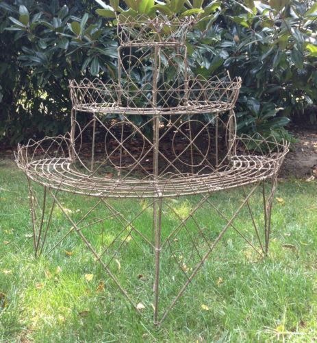 American Mid Century Modern Atomic Age Small Patio Round: Wire Plant Stand
