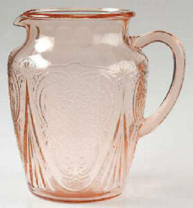 HAZAL ATLAS PINK ROYAL LACE PITCHER  64  0unces