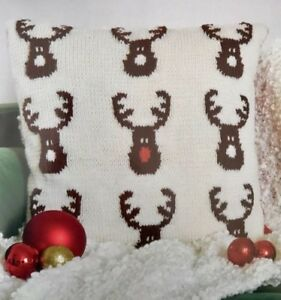 5xCF - Knitting Pattern - Christmas Rudolph Reindeer Cushion