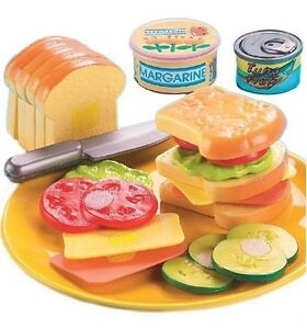 20 Piece Sandwich Fun Kitchen Set Velcro Plastic Pretend Play Kids Food Games