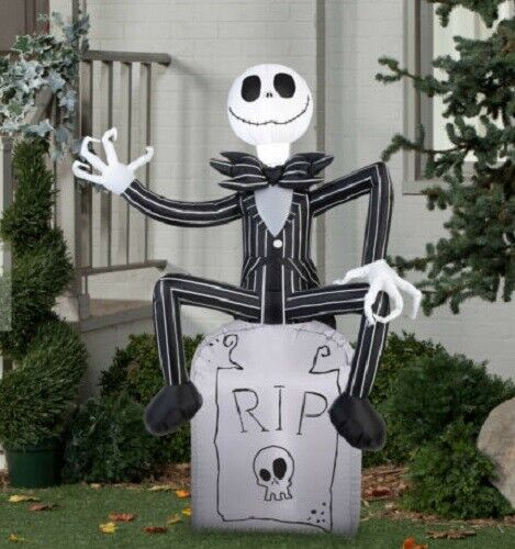 5 ft tall Nightmare Before Christmas JACK SKELLINGTON Air blown Inflatable 5 Ft