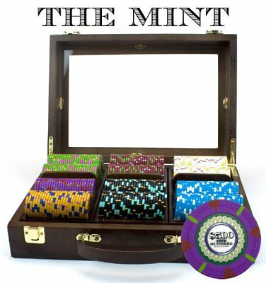 300ct. The Mint Clay Composite 13.5g Poker Chip Set in Walnut Wooden Carry Case 300 Clay Composite Chips