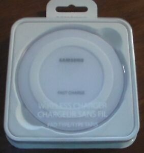 Samsung Fast Charge Wireless Charger Pad with Stand - Qi Enabled