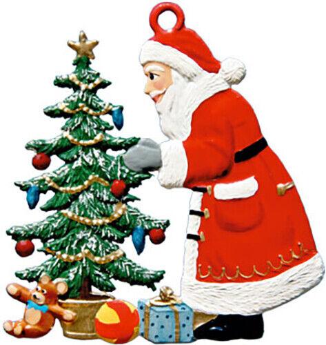 """WILHELM SCHWEIZER GERMAN ZINNFIGUREN Santa Decorating Tree (2.5"""" High)"""