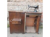 old singer sewing machine in cabinet exellent condition
