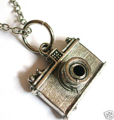 Camera Charm Necklace Boy Girl Gift Retro Hip Geeky - Geeky Girl Gifts
