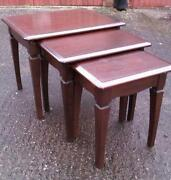 Stag Minstrel Table
